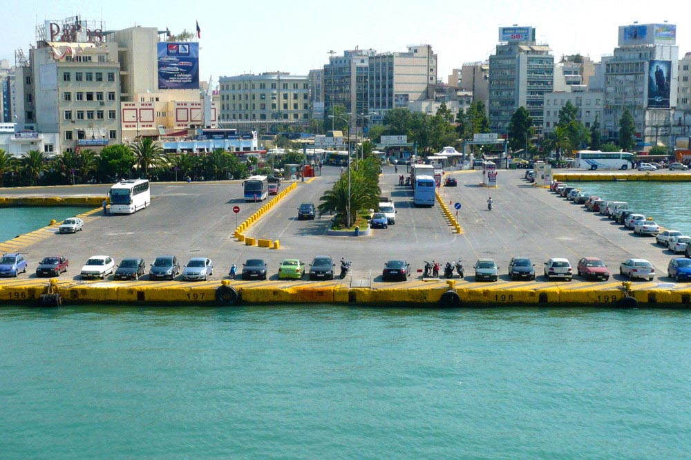 how to get from piraeus to athens airport